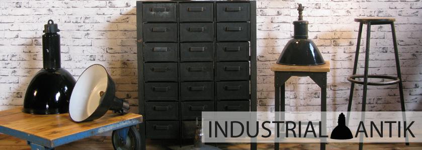 Skříňky Industrial antik